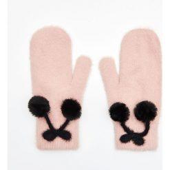 Rękawiczki jednopalczaste - Różowy. Czerwone rękawiczki damskie marki Cropp. Za 34,99 zł.