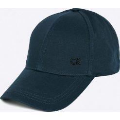 Calvin Klein Jeans - Czapka. Szare czapki z daszkiem męskie marki Calvin Klein Jeans, z bawełny. Za 119,90 zł.