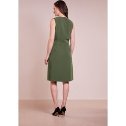 Polo Ralph Lauren LIGHT STRETCH CADY Sukienka letnia defender green. Czarne sukienki letnie marki Polo Ralph Lauren, polo. W wyprzedaży za 503,60 zł.