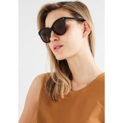 Stella McCartney Okulary przeciwsłoneczne dark brown. Brązowe okulary przeciwsłoneczne damskie aviatory Stella McCartney. W wyprzedaży za 639,20 zł.