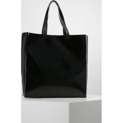 MSGM Torba na zakupy black. Czarne torebki klasyczne damskie MSGM. W wyprzedaży za 684,50 zł.