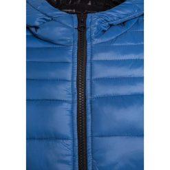 Kurtki chłopięce przeciwdeszczowe: Sisley Kurtka zimowa blue