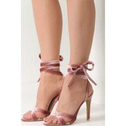 Różowe Sandały Ball Wrecking. Czerwone sandały damskie marki vices, na wysokim obcasie. Za 79,99 zł.