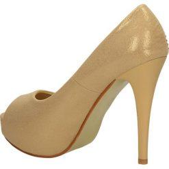 CZÓŁENKA CASU 7CR-GH84031. Brązowe buty ślubne damskie Casu, na koturnie. Za 64,99 zł.