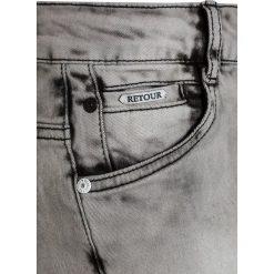 Retour Jeans JUSTO Szorty jeansowe light grey denim. Niebieskie spodenki chłopięce marki Retour Jeans, z bawełny. Za 269,00 zł.