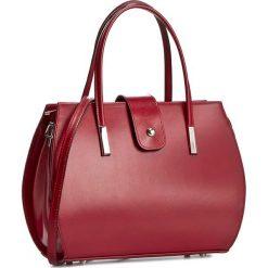 Torebka CREOLE - RBI10157 Czerwony. Czerwone torebki klasyczne damskie Creole, ze skóry. W wyprzedaży za 219,00 zł.