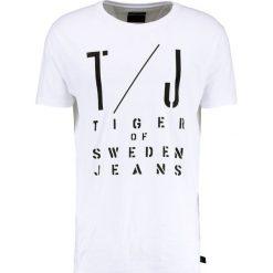 T-shirty męskie z nadrukiem: Tiger of Sweden Jeans COREY Tshirt z nadrukiem white