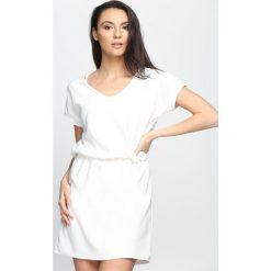 Sukienki: Biała Sukienka Heartbreak Warfare