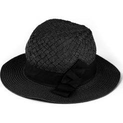 Kapelusz damski Morska fala czarny (cz15171). Czarne kapelusze damskie Art of Polo. Za 36,52 zł.