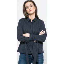 Jacqueline de Yong - Koszula. Szare koszule wiązane damskie Jacqueline de Yong, w paski, z bawełny, casualowe, z długim rękawem. W wyprzedaży za 39,90 zł.