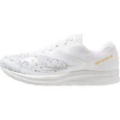 Saucony KINVARA 9 Obuwie do biegania treningowe white. Białe buty do biegania damskie Saucony, z materiału. Za 569,00 zł.