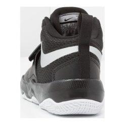 Nike Performance TEAM HUSTLE D 8  Obuwie do koszykówki black/metallic silver/white. Czarne buty skate męskie Nike Performance, z gumy. Za 189,00 zł.