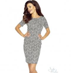 Klasyczna sukienka z kokardą b-68-02. Szare sukienki balowe BERG, do pracy, xl, z materiału, z kokardą, ołówkowe. Za 139,90 zł.
