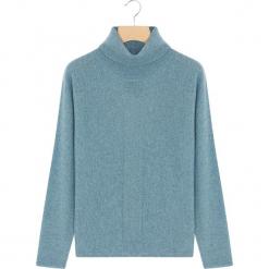Kaszmirowy sweter w kolorze niebieskim. Niebieskie golfy damskie marki Rodier, z kaszmiru. W wyprzedaży za 391,95 zł.