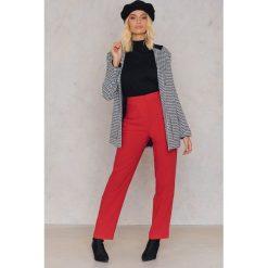 Spodnie z wysokim stanem: Trendyol Spodnie oversize Track - Red