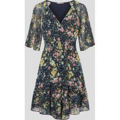 Sukienki: Asymetryczna sukienka w kwiaty