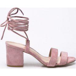 Public Desire - Sandały. Różowe sandały damskie marki Public Desire, z materiału, na obcasie. W wyprzedaży za 129,90 zł.