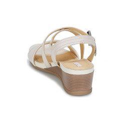 Sandały Geox  MARYKARMEN A. Białe sandały damskie Geox. Za 383,20 zł.