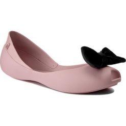 Baleriny MELISSA - Queen VII Ad 31980 Pink/Black 51647. Szare meliski damskie marki Melissa, z gumy. W wyprzedaży za 189,00 zł.