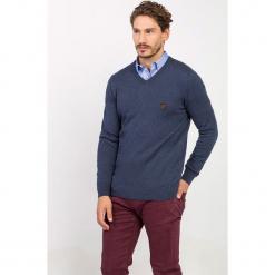 Sweter w kolorze granatowym. Niebieskie swetry klasyczne męskie Jimmy Sanders, l. W wyprzedaży za 99,95 zł.