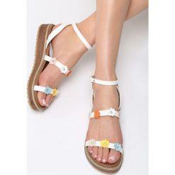 Białe Sandały Smile Bloom. Białe sandały damskie Born2be, z materiału, na obcasie. Za 79,99 zł.