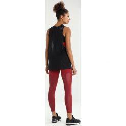 Reebok MUSCLE TANK Koszulka sportowa black. Czarne topy sportowe damskie marki Reebok, xl, z materiału. W wyprzedaży za 134,10 zł.