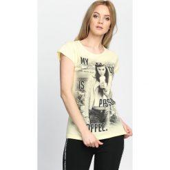 Bluzki, topy, tuniki: Żółty T-shirt Kinda Girl