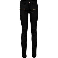 Spodnie bojówki Skinny bonprix czarny. Czarne rurki damskie bonprix. Za 119,99 zł.
