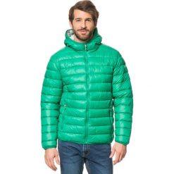 Kurtki męskie: Kurtka zimowa w kolorze zielonym