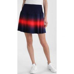 Colmar REVENGE 2IN1 Spódnica sportowa navy. Niebieskie spódniczki Colmar, z elastanu, sportowe, sportowe. W wyprzedaży za 471,20 zł.