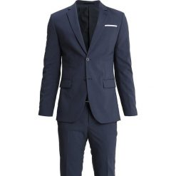 Pier One Garnitur mottled blue. Niebieskie garnitury marki Pier One, z elastanu. Za 629,00 zł.