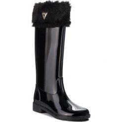 Kalosze GUESS - FLRBE3 RUB11 BLACK. Czarne buty zimowe damskie marki Guess, z aplikacjami, z materiału. Za 499,00 zł.