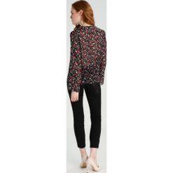 Sisley BLOUSE Bluzka black. Czarne t-shirty chłopięce marki Sisley, l. W wyprzedaży za 169,50 zł.