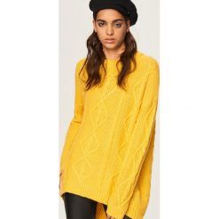 Sweter oversize - Żółty. Żółte swetry oversize damskie marki Mohito, l, z dzianiny. Za 79,99 zł.