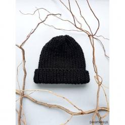 Czapka czarna. Czarne czapki zimowe damskie Pakamera. Za 60,00 zł.