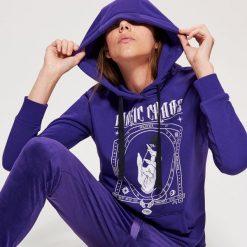 Bluza z motywem HALLOWEEN - Fioletowy. Fioletowe bluzy damskie marki Reserved, l, z kapturem. Za 69,99 zł.