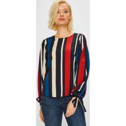 Vero Moda - Bluzka. Czarne bluzki z odkrytymi ramionami marki Vero Moda, l, z poliesteru, casualowe, z okrągłym kołnierzem. Za 129,90 zł.