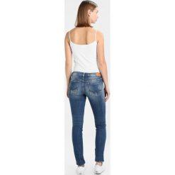 Le Temps Des Cerises Jeansy Slim Fit blue. Niebieskie jeansy damskie Le Temps Des Cerises. W wyprzedaży za 341,10 zł.