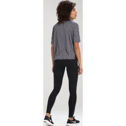 Nike Performance DRY MEDALIST Tshirt basic black/gunsmoke/reflective silver. Czarne topy sportowe damskie Nike Performance, xl, z materiału. W wyprzedaży za 220,15 zł.