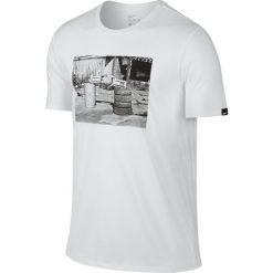 Nike Koszulka męska Football Photo Tee biała r. S (789387-100). Białe t-shirty męskie Nike, m, do piłki nożnej. Za 94,90 zł.