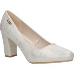 Beżowe czółenka na słupku Sergio Leone PB234-10X. Brązowe buty ślubne damskie marki bonprix, na obcasie. Za 88,99 zł.