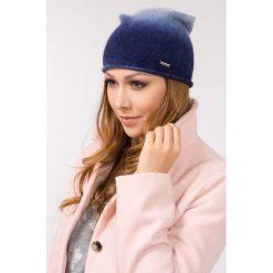 Czapki zimowe damskie: Cieniowana czapka