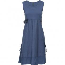 Sukienka w połączeniu odmiennych materiałów bonprix indygo. Niebieskie sukienki z falbanami bonprix, z aplikacjami, z materiału. Za 69,99 zł.