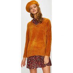Broadway - Sweter. Pomarańczowe swetry oversize damskie marki Broadway, l, z dzianiny. W wyprzedaży za 89,90 zł.