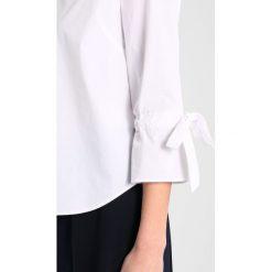 GANT BOW BLOUSE Bluzka white. Białe bluzki damskie GANT, z bawełny. Za 419,00 zł.
