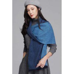 Szaliki damskie: Szal w kolorze niebieskim - (D)180 x (S)35 cm