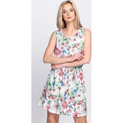 Sukienki: Biała Sukienka Make Over