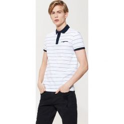 Koszulki polo: Koszulka polo z kołnierzykiem w kontrastowym kolorze – Biały