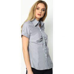 Ciemnoszara Koszula Unpressed. Czerwone koszule damskie marki KALENJI, z elastanu, z krótkim rękawem, krótkie. Za 54,99 zł.