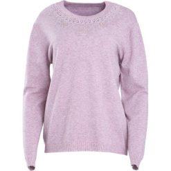Swetry klasyczne damskie: Fioletowy Sweter Marry The Night